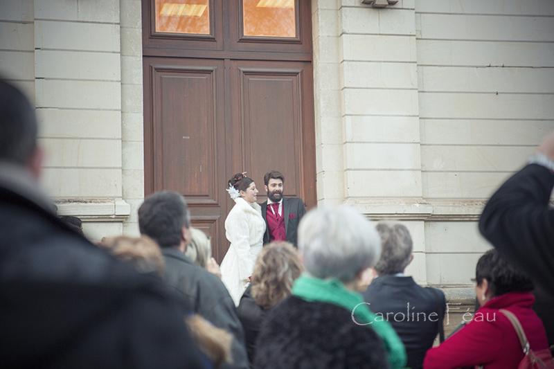 photographe mariage indre et loire sortie mairie CF Photographe