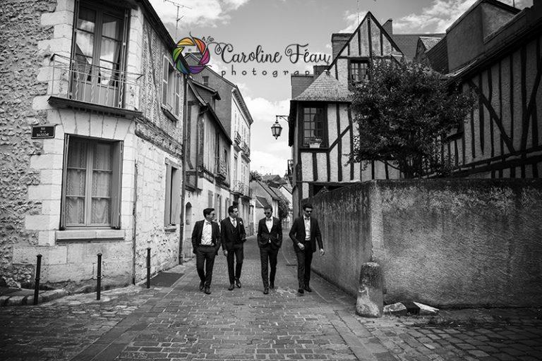 groom team dans les rues de Tours CF Photographe