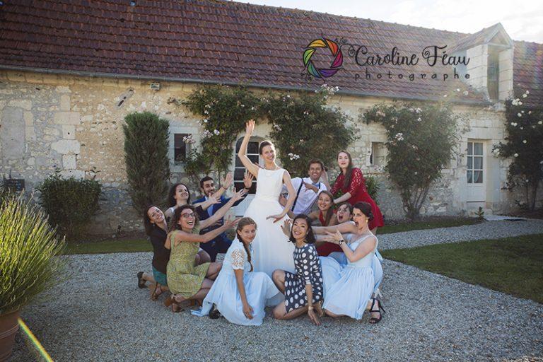 la mariée et sa team amitié fun mariage CF Photographe