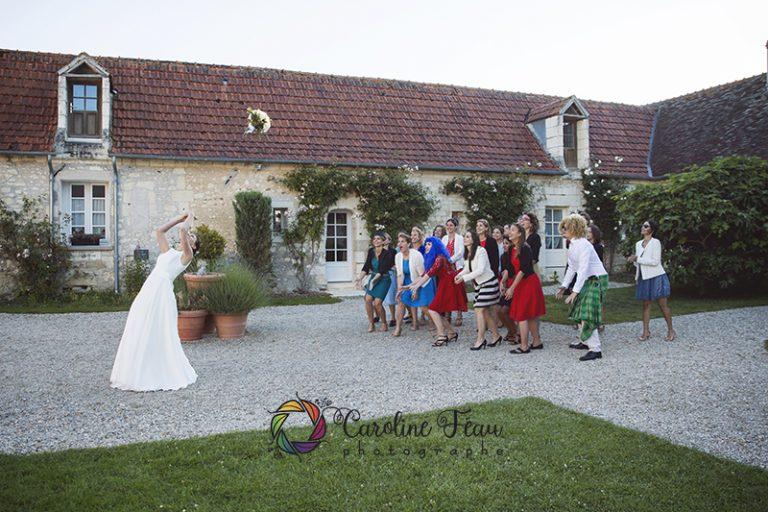 lancer du bouquet mariage manoir de la roussellière CF Photographe